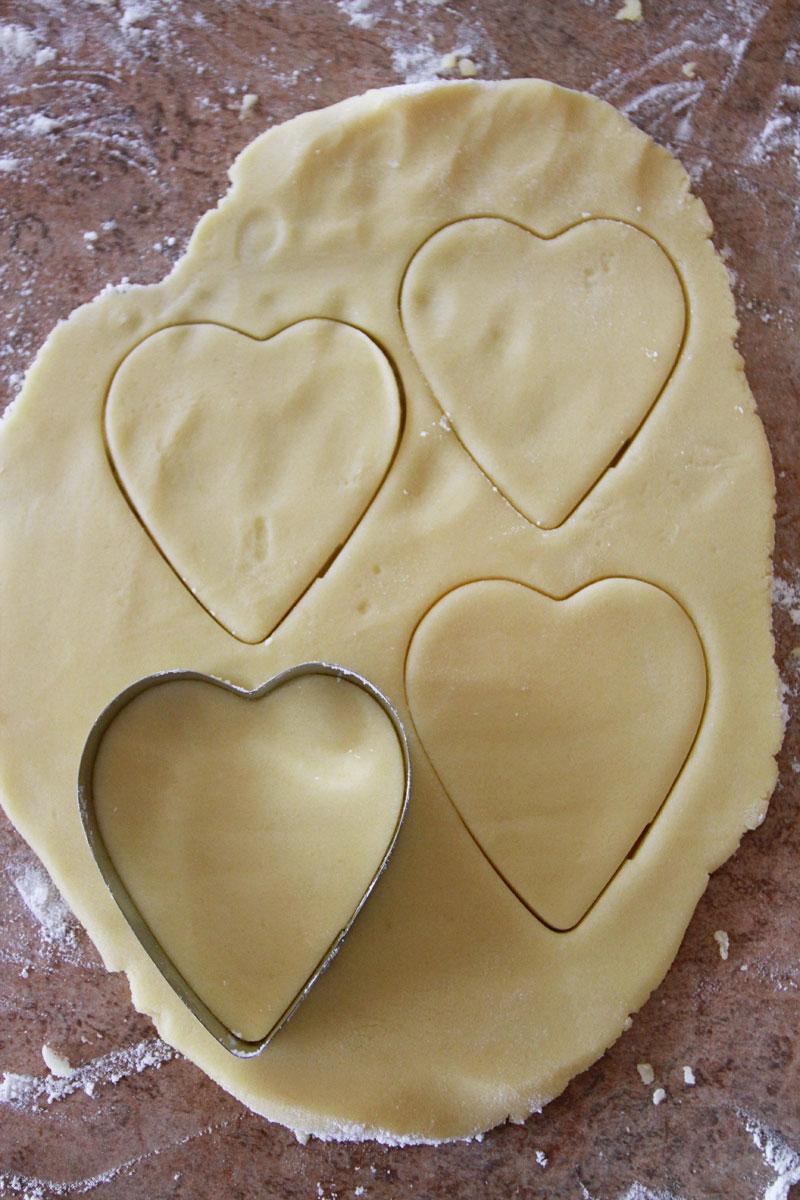 Cookie-Cut-heart