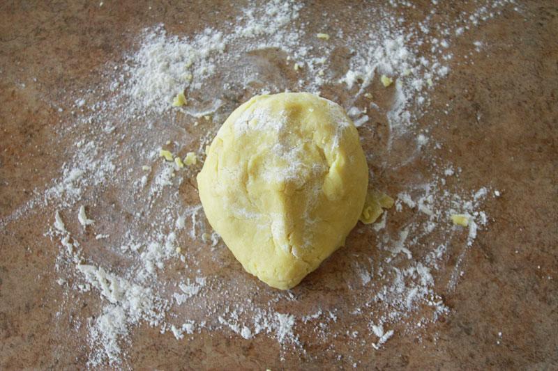 kneed-dough