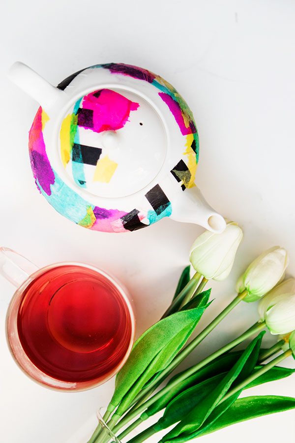 White-Rabbit-DIy-TeaPot-01