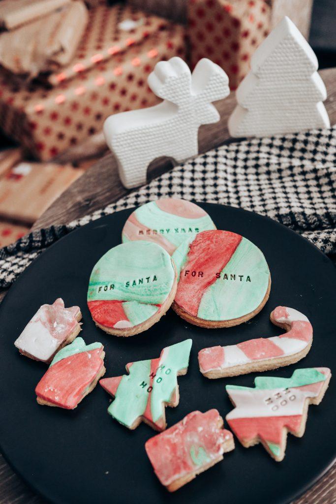 Easy Christmas Fondant Cookies